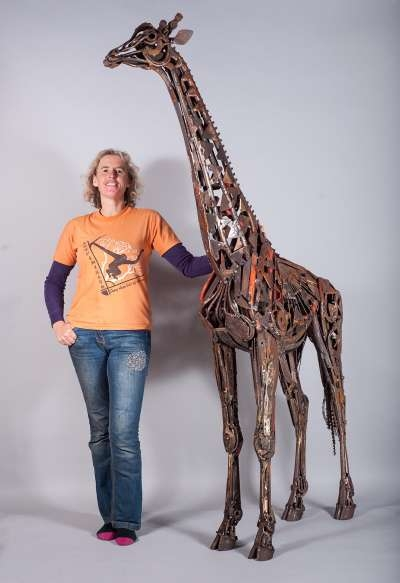 giraffe-and-harriet-lr