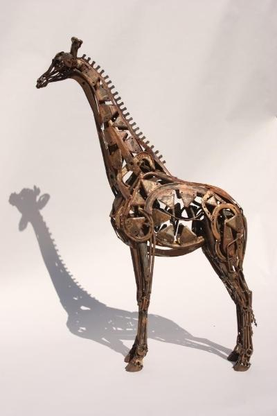 hedgetrimmer-giraffe-lr